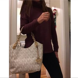 5b8dd6499a61 Michael Kors Bags - Michael Kors Lilly Vanilla Chain Tote NEW!